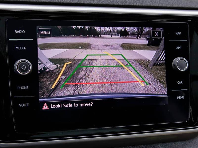 Autoradio double DIN avec caméra de recul